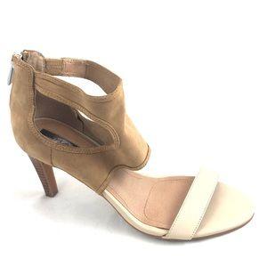 TAHARI National Tan Cream Leather Heel Sandal 7.5